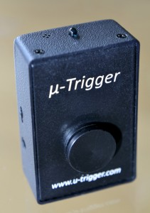 The rear of the µ-Trigger's showing the sliding adaptor that fits to the camera's hot shoe.